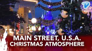 main street u s a christmas atmosphere disneyland paris noël