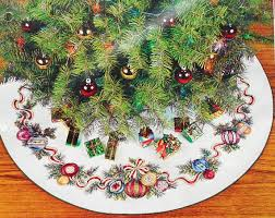 needle treasures dazzling ornaments tree skirt counted