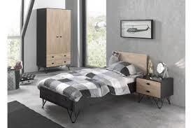 chambre enfant bois massif chambre enfant bois massif couchage 90x200 cm trendymobilier com