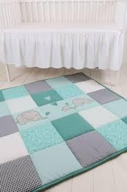 tapis pour chambre bebe chambre bébé bleu canard déco mobilier et accessoires