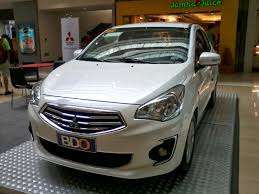 nissan almera vs vios the ultimate car guide car spots mitsubishi mirage g4