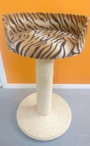 Large Cat Scratching Post 100 Sisal Large Cat Scratching Post With Bed Made In The Uk