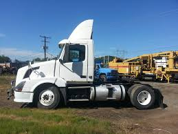 2008 volvo semi truck used 2008 volvo vnl single axle daycab for sale in pa 8440