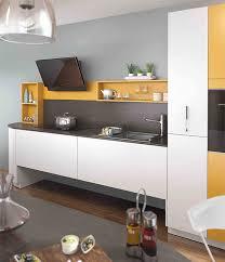couleurs de cuisine cuisine colorée comment jouer la couleur en cuisine mobalpa