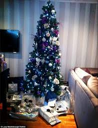 Blue White And Silver Christmas Tree - justin bieber shows off his festive greens as the battle for the