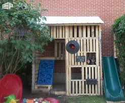 kids pallet playhouse with climbing wall u2022 1001 pallets