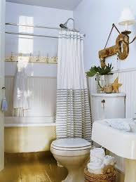 Seaside Themed Bathroom Accessories Beach Themed Bathroom White Clawfoot Bath Beach Color Wall Dark