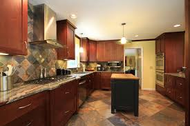 what color floor with cherry cabinets what color tile goes with cherry cabinets www resnooze com