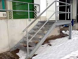 treppen einschalen metallbau dietel greiz treppen und leitern foto 11 podest mit