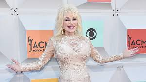 dolly parton wedding dress dolly parton and carl dean renew wedding vows for 50th wedding