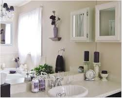 bathroom decorating ideas photos simple yet bathroom decor ideas top bathroom