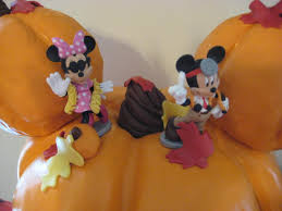 mickey mouse halloween cake characters saveyourforkcakes