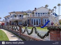 luxury beach housing development in corona del mar california