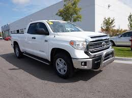 2016 toyota tundras certified pre owned 2016 toyota tundra dlx 4d cab in