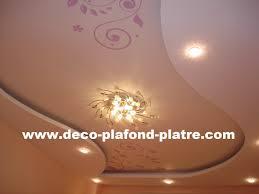 decoration en platre style oriental pour la décoration au maroc déco plafond platre