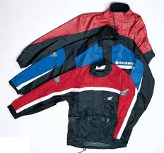 motorcycle rain jacket 10 rainsuits for motorcyclists motorcycle cruiser