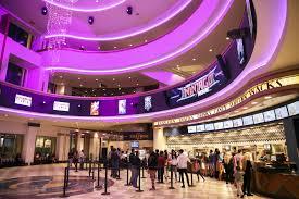cineworld to buy regal in 3 6 billion movie theater deal wsj