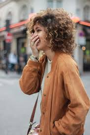 haircuts for frizzy curly hair best 10 short curly hair ideas on pinterest curly short short