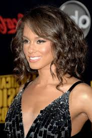 length curly hairstyles with bangs