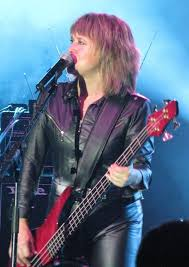 who is the lady in the target commercial for black friday suzi quatro wikipedia