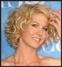 fine curly short over fifty hair how to make fine curly hair look more polished fine curly hair
