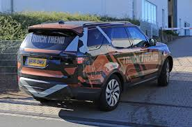 Spied 2018 Land Rover Discovery Without Camouflage Photo U0026 Image