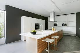 cuisine mademoiselle janod déco cuisine bois design blanc 91 bordeaux 06540051 bar