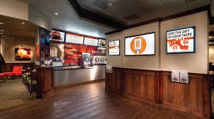 restaurant digital signage 5 highly effective examples