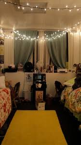 Pottery Barn Dorm Room Her Dorm Room Is Soooo Cute I Love The Curtains They Added And