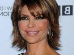 coupe de cheveux court femme 40 ans coiffure femme de 60 ans hair cuts coiffures