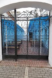 Restaurant Fencing by 3 Ways Beautiful Metal Fencing Can Attract More Restaurant
