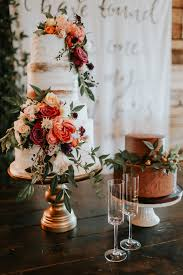 fall wedding cakes this fall wedding at southwind seamlessly blends bold and