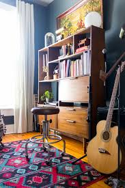 Home Decor Stores Omaha Ne A Vibrant Rental For Two Creatives In Omaha Ne U2013 Design Sponge