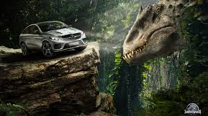 jurassic park car mercedes escape the dinosaurs in jurassic world with mercedes benz w video