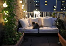 Amazingly Pretty Decorating Ideas For Tiny Balcony Spaces - Apartment balcony design ideas
