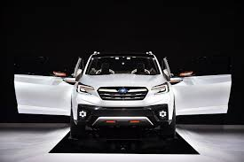 subaru suv concept new subaru ascent concept 7 seater suv set to conquer us market