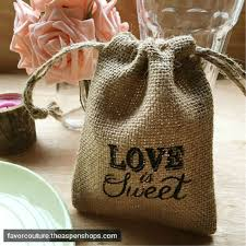burlap wedding favor bags 395 best rustic wedding favors and ideas images on