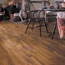 Classic Laminate Flooring Dupont Real Touch Classic Laminate Flooring Antique Oak