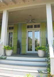Light Green Paint Colors by Cottages With Green Siding Blue Gray Vertical Siding Paired With