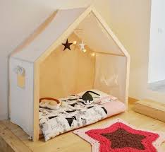 chambre bébé montessori 1001 idées pour aménager une chambre montessori montessori