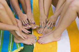 how to keep your pedicure fresh this summer thefashionspot