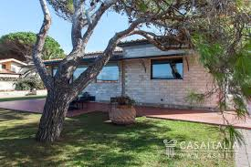 build a pool house seafront villa for sale in monte argentario