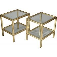 table bout de canap en verre paire de bouts de canapé en laiton et verre vandel 1980