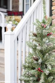 outdoor home christmas decorating ideas easy outdoor christmas decorating ideas for a tiny front porch