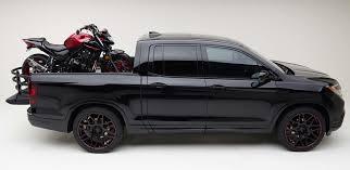 honda truck tailgate honda ridgeline rides like a car works like a truck
