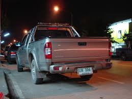 isuzu dmax 2007 file isuzu d max at night jpg wikimedia commons