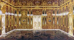 les chambre d la fameuse chambre d ambre russe reconstituée à