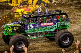 images of grave digger monster truck grave digger 11 monster trucks wiki fandom powered by wikia