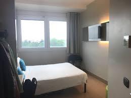 chambre b b hotel chambre b b hotel cenisio garibaldi picture of b b hotel