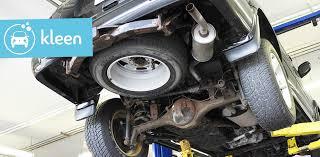 comment nettoyer des si es de voiture l importance de laver le dessous de sa voiture